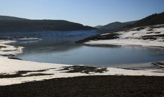 Водата се връща в Перник