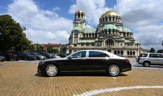 Вили Лилков: Ива Митева дари депутатите с безплатен паркинг - 1