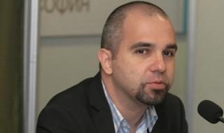Първан Симеонов: Борисов опитва да остане до края