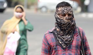 Леко забавяне на пандемията в Индия