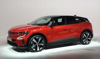 Ето го новото Renault Megane - 100% електрическо - 1