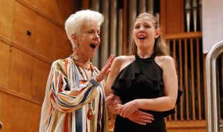 Сопрано от класа на Райна Кабаиванска печели място в Академията на Ла Скала - 1