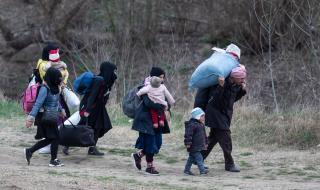 Турция: Не сме бежанският лагер на Европа
