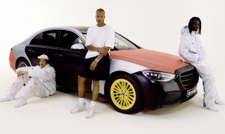 Mercedes-Benz пуска колекция от дрехи, изработени от въздушни възглавници - 1