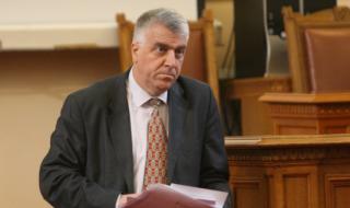 Гечев: Караянчева спира 99% от въпросите към премиера