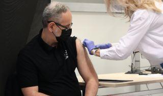 Полша въвежда допълнителна охрана във ваксинационните центрове - 1