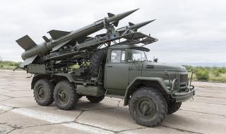 Ракетен удар срещу база с американци