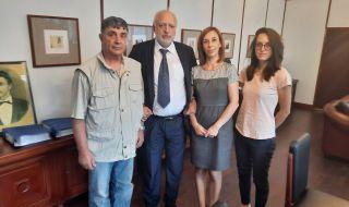 Сигнал до Минеков за застрашената историческа гара в Нова Загора