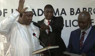 Гамбия с двама президенти