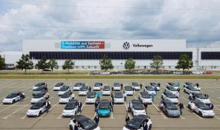 Явно няма връщане назад: Легендарен завод на VW преминава изцяло към производството на електромобили