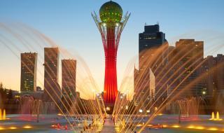 В Казахстан спират да пишат на кирилица