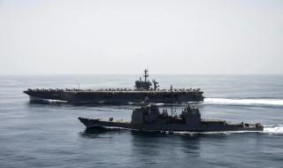 Американски кораб иззе иранско оръжие