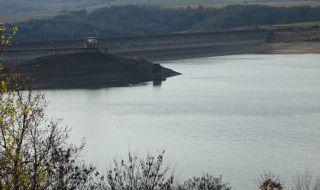 Няма опасност от преливане на реки и язовири в Сливенско