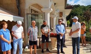 Ексклузивно от сарая в Росенец: Ахмед Доган и Мустафа Карадайъ направиха изявление