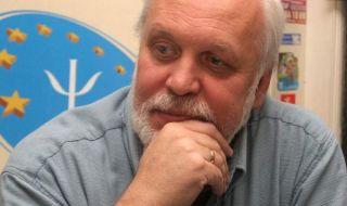 Д-р Пламен Димитров пред ФАКТИ: Невротизъм е властохолизмът на нашите властници