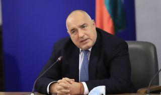 Борисов: Някои зарязват лозички, а ние градим
