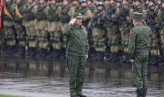 """Границите остават отворени въпреки предупреждението на Лукашенко за """"война"""""""