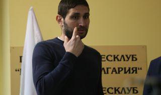 Крушарски награждава Тунчев с нов договор