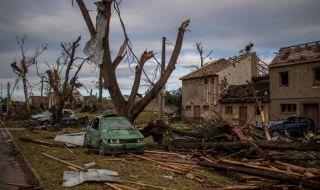 2-годишно дете е шестата жертва на торнадото в Чехия - 1