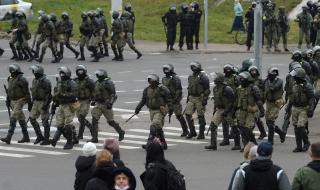 """Путин определи като """"неприемлива"""" външната намеса в делата на Беларус"""