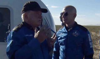 """Актьорът, изиграл капитан Кърк в """"Стар Трек"""", летя в Космоса на 90 г. - 1"""
