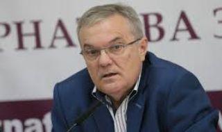 Румен Петков: Министър Ангелов иска да открадне 13 декара в Белмекен