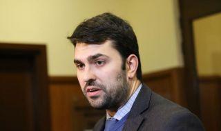 Георг Георгиев: Радев е политически неграмотен, търси индулгенции за безсмислието си