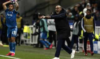 Маурицио Сари остава още една година в Ювентус