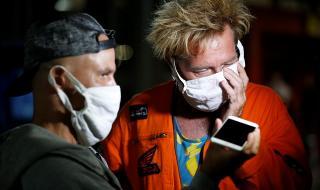 СЗО: Слагате маски само ако сте болни или се грижите за болни