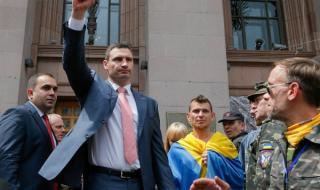 Виталий Кличко спечели нов мандат като кмет на Киев