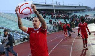Тончи Кукоч: Левски, още няколко години да те победя, а след това мога да умра!