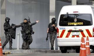 Ликвидираха военния, убил и ранил десетки в тайландски мол