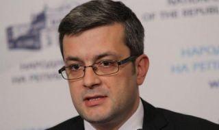 Тома Биков отговори на Цветанов: Глупав призив!