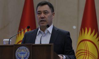 Новият президент на Киргизстан първо отива в Русия