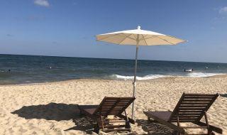 Бежанци плъзнаха по Черноморието, преструват се на туристи