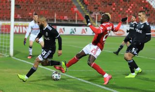 Али Соу надъха бившите си съотборници от ЦСКА преди мача с Лудогорец