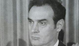 Почина Стоян Михайлов, секретарят на ЦК на БКП