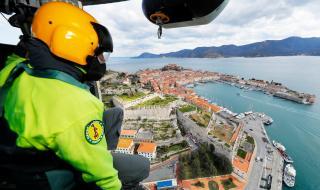 Китай продължава да изпраща медици в Италия
