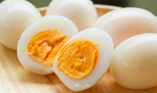 Идеалните градуси за варене на яйце са…
