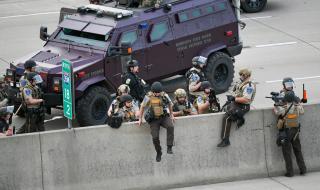 Тръмп заплаши: Ще изпратя армията и бързо ще реша проблема