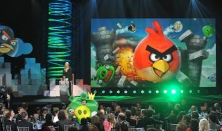 """Правят сериал по """"Angry Birds"""""""