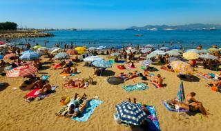 Плажовете са пълни, но...
