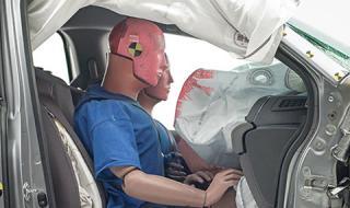 Миниванове: Honda e много по-безопасна от Toyota