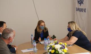 Марияна Николова опрощава наемите на всички обекти в