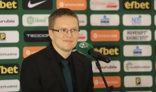 Треньорът на Лудогорец шокира с изказване: Трябва да продължим да цепим дърва
