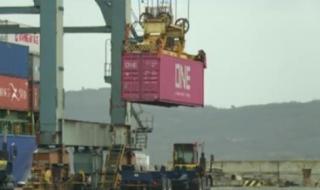 54-те контейнера с боклук се връщат в Италия