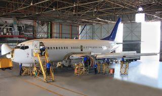 Израел прави център за поддръжка на самолети в Литва