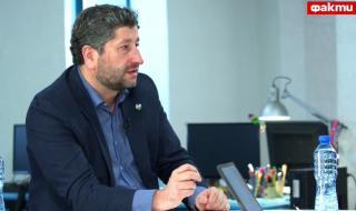 Христо Иванов пред ФАКТИ: Хората не очакват подаяния от дебели момчета, а законност