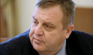 Каракачанов за шпионския скандал: Някой се опитва да ни научи тайните