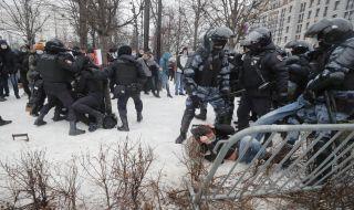 Над 1500 души са арестувани на протестите в Русия